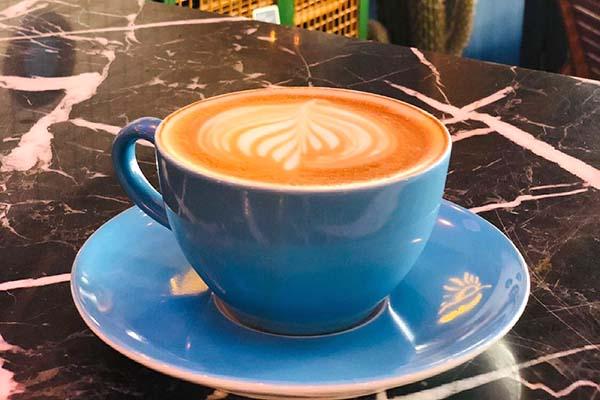 Sunday Coffee Bar: Teşvikiye'de Bir Çalışma Masası